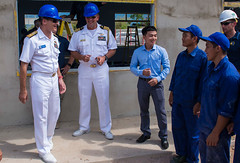 """U.S. Navy leadership meet with the Vietnamese soldiers and local community members during an engineering capability at Ninh Binh Primary School in support of Pacific Partnership 2018 (#PACOM) Tags: commander logisticsgroupwesternpacific taskforce73comlogwestpac ctf73pacificpartnership pp18 nhatrang vietnamusnsmercy usnsbrunswick nmcb5 9thesb vietnam vn """"uspacificcommand pacom"""""""