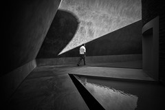 lost within (andrewlance photography) Tags: leicaimages 15mm canberra jamesturrell lr5 leicammonochrom lightroom5 mm man nationalgalleryofaustralia silverefexpro2 superwideheliarasphericalii voigtlander within withinwithout art blackandwhite f45 lost myflickr steetphoto street streetphotography walk