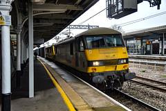 90048 + 90049 - Nuneaton - 12/04/18. (TRphotography04) Tags: freightliner 90048 90049 accelerate through nuneaton with 4m27 0525 coatbridge flt daventry int rft recep fl