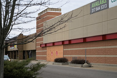 Targone (Nicholas Eckhart) Tags: america us usa anderson indiana in 2018 retail stores former closed vacant empty shuttered target ayrway discountstore