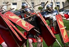 Ermin Street Guard, Roman Re-enactment (jacquemart) Tags: erminstreetguard romanreenactment javelin red soldier battle bath royalcrescent victoriapark