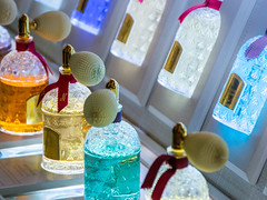 Scents (kuhnmi) Tags: champsélysées guerlain scent scents perfume parfum duft düfte color colors colour farben bunt farbenfroh colorful bottle flaschen fläschchen shopping luxury luxus paris