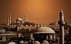 Suleymaniye Camii (Harry Szpilmann) Tags: istanbul urban architecture suleymaniyecamii mosque monochrome streetphotography turkey