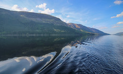 Scottish Loch - Making waves (Andy.Gocher) Tags: the lady avenel loch lochy uk scotland theladyofavenel thecaledoniacanal thegreatglen wake water reflections
