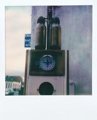 Vieux Pompe à pétrole (ifleming) Tags: hourtin slr680 600colourfilm polaroidoriginals petrolpump pompàpétrole
