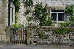 Stoney Middleton (Blue sky and countryside) Tags: limestone cottage pretty attractive windows beautiful gate stonewall village stoneymiddleton peak district national park derbyshire england pentax livingmydream