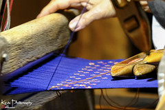 FXT29193 (kevinegng) Tags: japan okinawa 日本 沖繩 ryukyuvillage 琉球村 hanaweaving weaving 花織 traditional arts traditionalart clothes ryukyutraditional