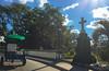 Puente de la Cruz, marca la divisón entre el Barrio Capiro y Centro (lezumbalaberenjena) Tags: lezumbalaberenjena villas villa clara santa cuba 2018 capiro catalina sandino barrio reparto monumento monument cruz puente