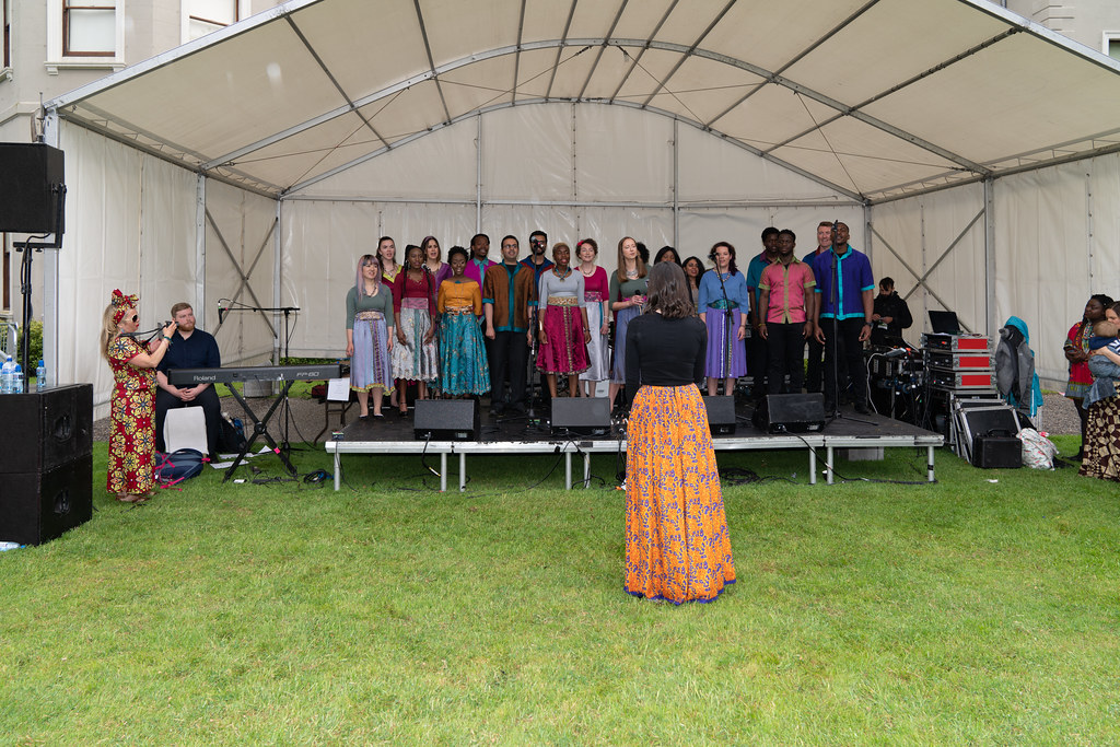 DISCOVERY GOSPEL CHOIR [AFRICA DAY 2018 IN DUBLIN]-140583