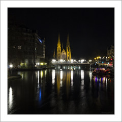 Eglise Saint-Paul de Strasbourg (Francis =Photography=) Tags: europa europe france alsace 67 grandest basrhin pont bridge brücke church kirche rivière river fluss paulskirche néogothique night nuit poselongue longexposure neustadt aar ill