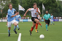 """HBC Voetbal • <a style=""""font-size:0.8em;"""" href=""""http://www.flickr.com/photos/151401055@N04/42402868061/"""" target=""""_blank"""">View on Flickr</a>"""