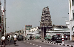 img136 (foundin_a_attic) Tags: singapore temple sri mariamman southbridgeroad pagodastreet morrisminor hindu