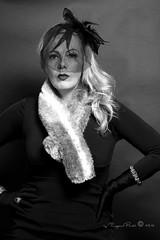 Marlene Dietrich-265-3 (Adriana.Britto) Tags: ensaio retrato portrait foto photo fotografia photography loira blonde blond model mature blackwhite blackandwhite pb pbr pretoebranco people art