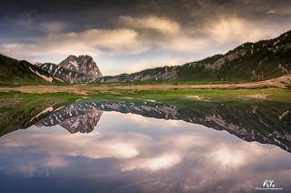 Lago di Pietranzoni: sottosopra / upside down