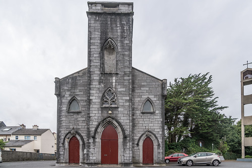 SAINT PATRICK'S CHURCH AND HALL IN GALWAY [PHOTOGRAPHED SEPTEMBER 2017 USING A SONY 24-70mm GM LENS]-141104