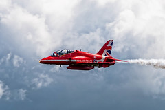 Red Arrow Running In (Lee532) Tags: redarrows rafat aerobaticteam reds jet plane militaryaviation display hawk fighter fast royalairforce