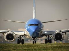 Al lugar que soñaste. (tombragone) Tags: avion plane aeroplane avgeek avgeeks buenos aires argentina caba aerolineas argentinas aeropuerto airport