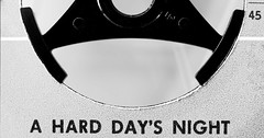 45rpm (ELECTROLITE photography) Tags: 45rpm 45 rpm single puk ahardday´snight vinyl music schallplatte beatles macro blackandwhite blackwhite bw black white sw schwarzweiss schwarz weiss monochrome einfarbig noiretblanc noirblanc noir blanc electrolitephotography electrolite