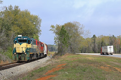 The Competition (GLC 392) Tags: bayline bayl bay line isrr indiana southern emd gp402 4041 3018 hilton ga tractor trailer railroad railway train chatt job trees clouds competition competitors road highway georgia