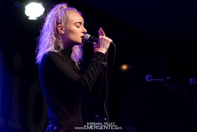 Cintia Lund - La Radio Encendida (2)-1