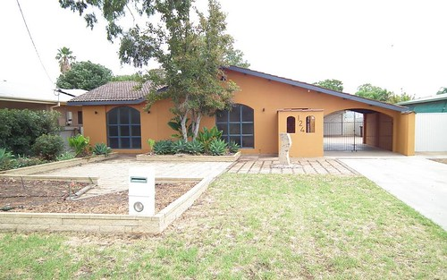 124 Erskine Rd, Griffith NSW 2680