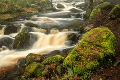 Foggy Wyming Brook-0052 (EOS_fan Steve) Tags: waterfall blur longexposure water colours peakdistrict derbyshire green moss rocks wyming brook
