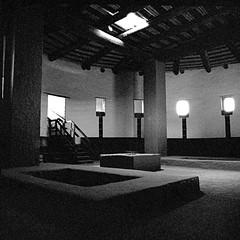 The Great Kiva (Scott Holcomb) Tags: thegreatkiva aztecruinsnationalmonument aztec newmexico hasselblad500c carlzeissdistagon14f50mmlens ilforddelta3200professionalfilm 120film 6x6 squareformat epsonperfectionv600 photoshopdigitalization