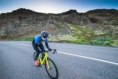 DSC06205 (Guðmundur Róbert) Tags: time trial tt iceland icelandic cycling biking road bike bikes reiðhjól bjartur hjól sony a7ii 14mm 2870mm black white sun down water aero uphill