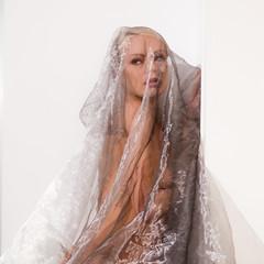 Victoriah (4) (Hans Dethmers) Tags: woman vrouw frau wife portrait portret pose model nude artisticnude artistieknaakt veil sluier
