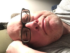 Day 2291: Day 101: On the side (knoopie) Tags: 2018 april iphone picturemail doug knoop knoopie me selfportrait 365days 365daysyear7 year7 365more day2291 day101