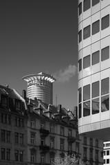 20180417-DSC3763 (A/D-Wandler) Tags: frankfurtammain hessen deutschland hochhaus wolkenkratzer architektur gebäude silberturm westendtower himmel bahnhofsviertel blackwhite bw kontrast monochrom einfarbig fenster