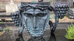 The Mtatsminda Pantheon, Tbilisi (the last don) Tags: tbilisi georgiaeurope grave