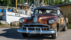Pontiac Streamliner från 1949 (tonyguest) Tags: classic car bil pontiac streamliner karlshamn blekinge sverige sweden tonyguest stockholm fiskehamn edit carlshamn kn18 1949 fishingboat traditional