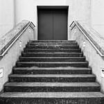 Treppe & Tür thumbnail
