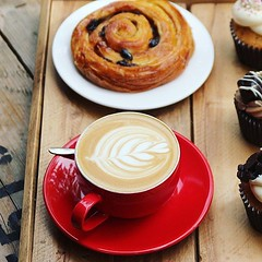 Sun, rain, frost or even those days like today which haven't quite made up their mind, it's always perfect weather for coffee 😉👌 . @hasbean #baristalife #coffeeshop #latteart #pastry #bombompatisserie (bombompatisserie) Tags: loughborough cake cafe bom patisserie