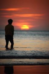 Paddling (leewoods106) Tags: sunset beautifulsunset warmsunset redsunset borneo kotakinabalu tanjungaru shangrilatanjungaru sabah malaysia malay pacificocean pacific water reflection sea ripples beach sun yellow orange man paddling paddle