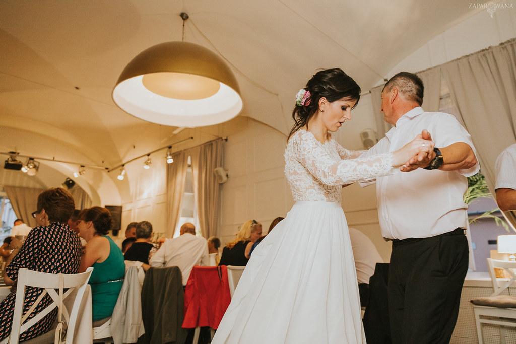 558 - ZAPAROWANA - Kameralny ślub z weselem w Bistro Warszawa