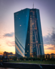 ECB at Sunset (oliver.nispel) Tags: 069 frankfurtammain outdoor architectural architecture building city cityscape clouds ffm frankfurt germany hesse main mainhattan place river sky skyline sun sunset urban urbex hessen de ecb ezb bank tower glass reflections