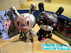 UK-LA Dunnys (supawako) Tags: uk family box woolloomooloo postal welcome parcel shipping package dunny garybaseman painkiller thomashan doc18 laseries