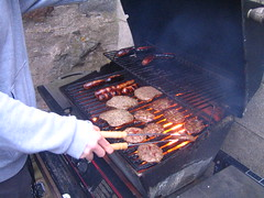 Im cooking it up! (Byrnesyliam) Tags: stcombs bbq burgers closer