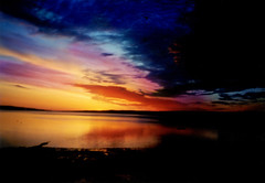 Digby Sunrise (Freddie jr) Tags: sunset film topf25 nova topv111 sunrise wow catchycolors top20favorites wonder ilovenature topf50 topv555 topv333 topf75 novascotia catchycolours topv1111 topv444 interestingness1 favme 100v10f topv222 500v50f topv777 annapolis scotia fundy collins topv666 digby topf35 topv888 topf60 smithscove topf20 topf30 topf40 topf55 2005favfilm 2005favfilmint