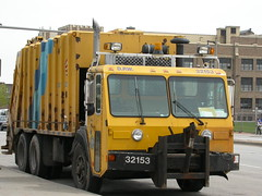 Trash Truck in Milwaukee (So Cal Metro) Tags: trash truck garbage milwaukee wisconsin compactor utility municipal