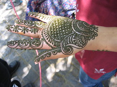 Henna Hand (Normando) Tags: india bits pieces henna newdelhi dillihaat hand woman