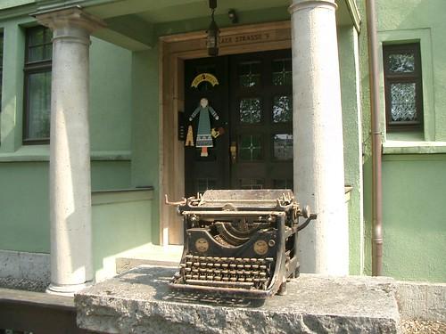 Public Typewriter