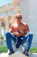 Bald.Man.RT.WDC.30may93 (Elvert Barnes) Tags: men project washingtondc shaved bald motorcycles crotch heads dcist bluejeans baldmen memorialday 17thstreet crotchshot rollingthunder memorialday1993 rollingthunder1993