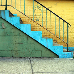 Bright Green(ish) Steps (Matt Niemi) Tags: shadyside pittsburgh steps green wall rust