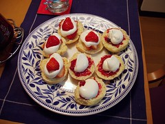scones and jam and cream... and strawberries! (michenv) Tags: 2003 japan digital tokyo interestingness asia michelle strawberries olympus explore  exploreinterestingness nippon  digitalcamera scones orient camedia nihon digitalphotos digitalphotography olympuscamedia camediaseries  interestingness107 i500 olympusdigital olympusc50z michenv sconesjamcream explore6jul06 olympusx2 michenv2003  michenvexplore