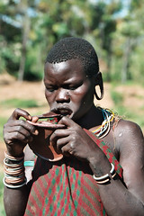 How to put your lip plate ? (foto_morgana) Tags: people portraits tribes ethiopia surma
