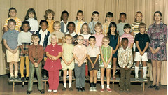 Ms. Spiegel's second grade glass, 1971-72 (fred babyflo) Tags: school kids burlington children north northcarolina class 2nd fred carolina second schoolphoto secondgrade schoolpicture classpicture alamance burlingtonnorthcarolina alamancecounty eastlawn alamancecountynorthcarolina eastlawnelementaryschool