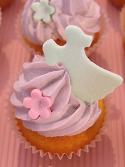 girly cupcakes (kylie lambert (Le Cupcake)) Tags: wedding food cakes cake cupcakes gorgeous sydney australia sugar cupcake weddingcakes weddingcupcakes